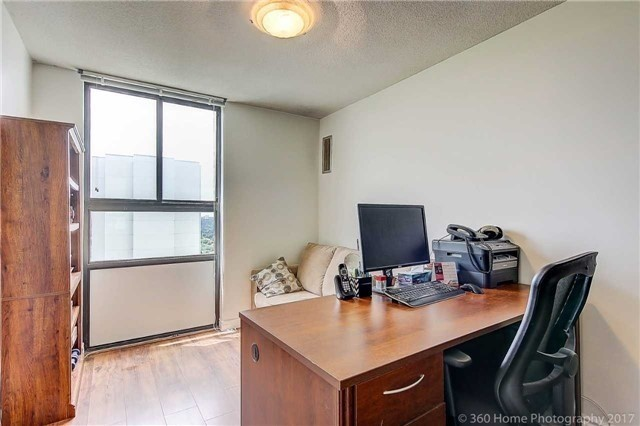 Condo Apartment at 350 Seneca Hill Dr, Unit #1210, Toronto, Ontario. Image 9