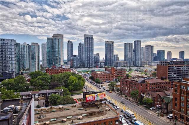 Condo Apartment at 438 King St W, Unit 1312, Toronto, Ontario. Image 14