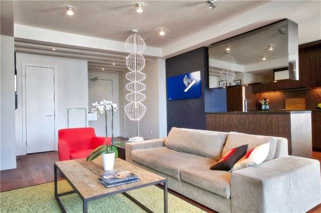 Condo Apartment at 438 King St W, Unit 1312, Toronto, Ontario. Image 17
