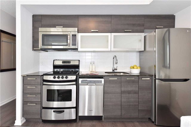 Condo Apartment at 68 Abell St, Unit 1801, Toronto, Ontario. Image 15