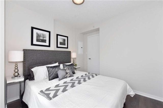 Condo Apartment at 68 Abell St, Unit 1801, Toronto, Ontario. Image 20