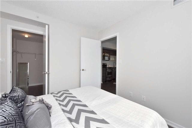 Condo Apartment at 68 Abell St, Unit 1801, Toronto, Ontario. Image 2