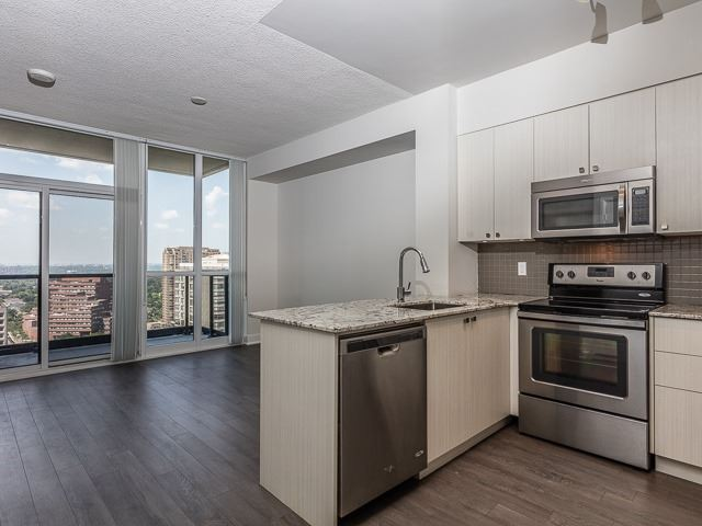 Condo Apartment at 88 Sheppard Ave E, Unit 2506, Toronto, Ontario. Image 9