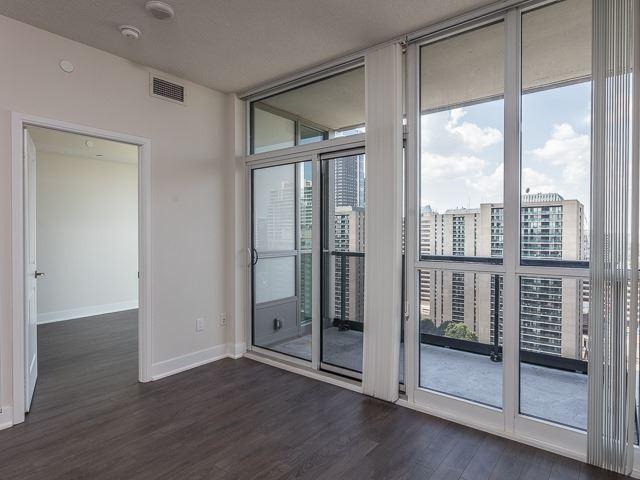Condo Apartment at 88 Sheppard Ave E, Unit 2506, Toronto, Ontario. Image 11