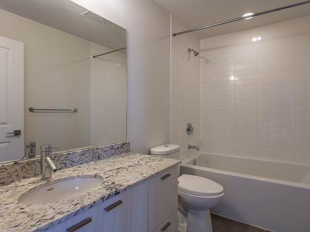 Condo Apartment at 88 Sheppard Ave E, Unit 2506, Toronto, Ontario. Image 13