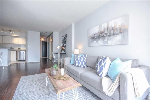 Condo Apartment at 25 The Esplanade, Unit 320, Toronto, Ontario. Image 12