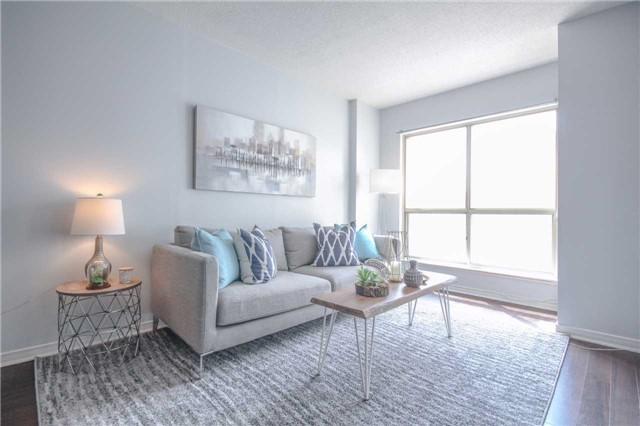 Condo Apartment at 25 The Esplanade, Unit 320, Toronto, Ontario. Image 13