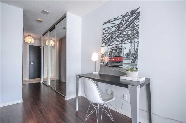 Condo Apartment at 25 The Esplanade, Unit 320, Toronto, Ontario. Image 15
