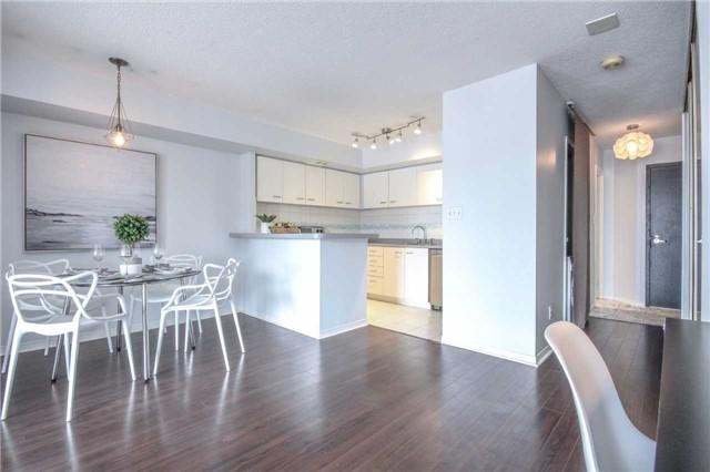Condo Apartment at 25 The Esplanade, Unit 320, Toronto, Ontario. Image 16