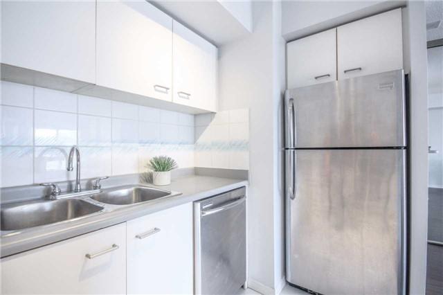 Condo Apartment at 25 The Esplanade, Unit 320, Toronto, Ontario. Image 2