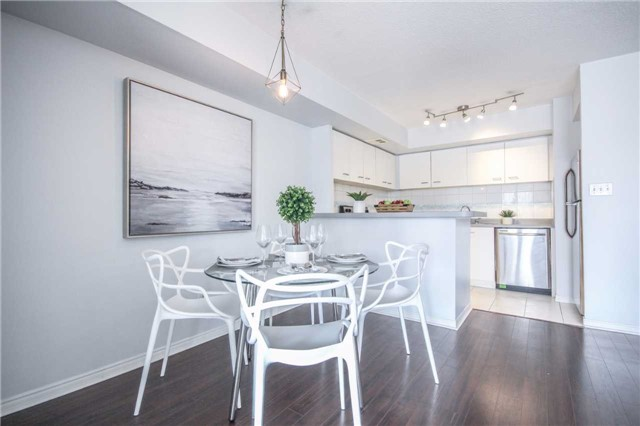 Condo Apartment at 25 The Esplanade, Unit 320, Toronto, Ontario. Image 3