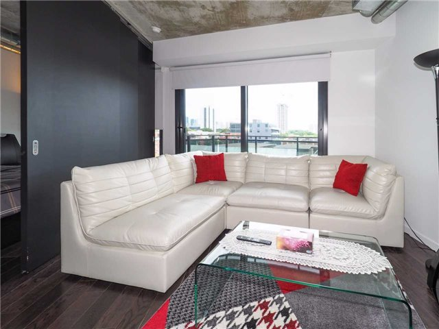 Condo Apartment at 51 Trolley Cres E, Unit 501, Toronto, Ontario. Image 12