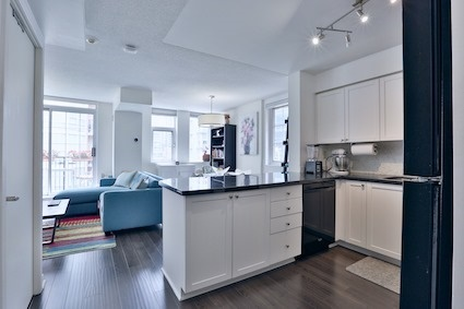 Condo Townhouse at 39 Shank St, Unit 316, Toronto, Ontario. Image 1