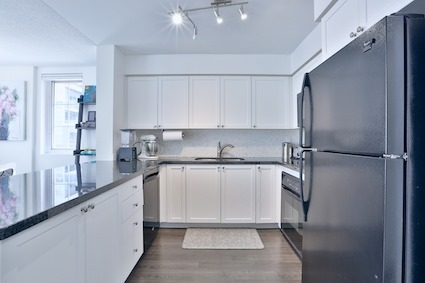 Condo Townhouse at 39 Shank St, Unit 316, Toronto, Ontario. Image 14