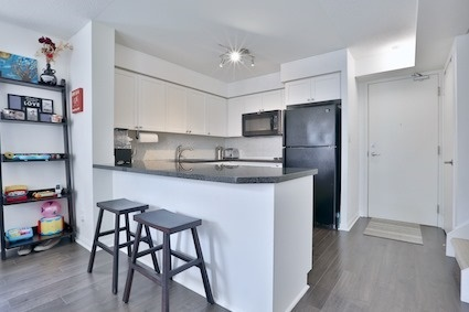 Condo Townhouse at 39 Shank St, Unit 316, Toronto, Ontario. Image 19