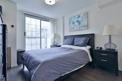 Condo Townhouse at 39 Shank St, Unit 316, Toronto, Ontario. Image 2