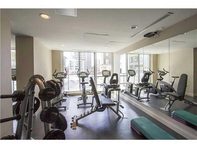 Condo Apartment at 825 Church St, Unit 2708, Toronto, Ontario. Image 17