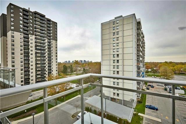 Condo Apartment at 777 Steeles Ave W, Unit 701, Toronto, Ontario. Image 8