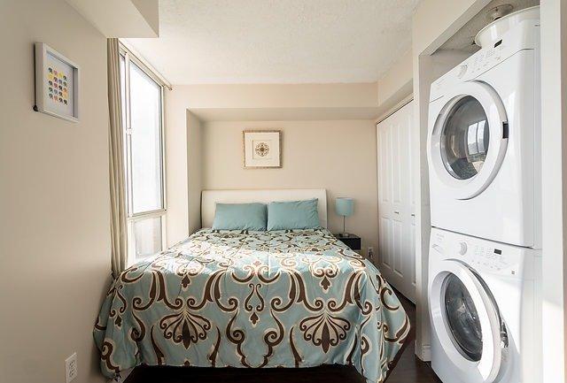 Condo Apartment at 801 King St W, Unit 1007, Toronto, Ontario. Image 2
