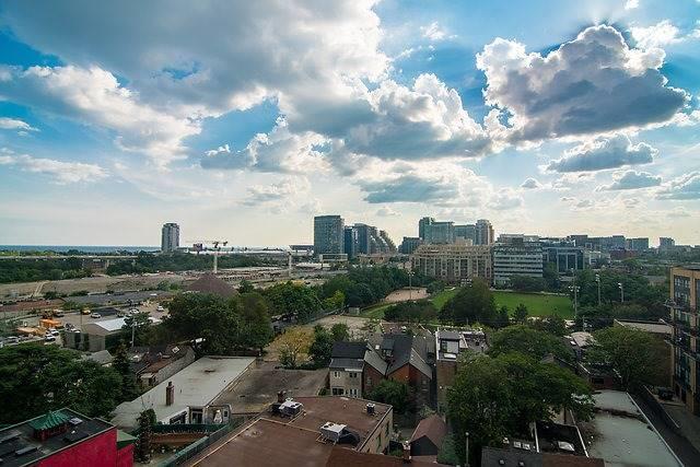Condo Apartment at 801 King St W, Unit 1007, Toronto, Ontario. Image 3