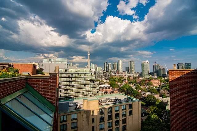 Condo Apartment at 801 King St W, Unit 1007, Toronto, Ontario. Image 8