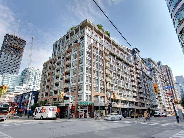 Condo Apartment at 270 Wellington St W, Unit 306, Toronto, Ontario. Image 1