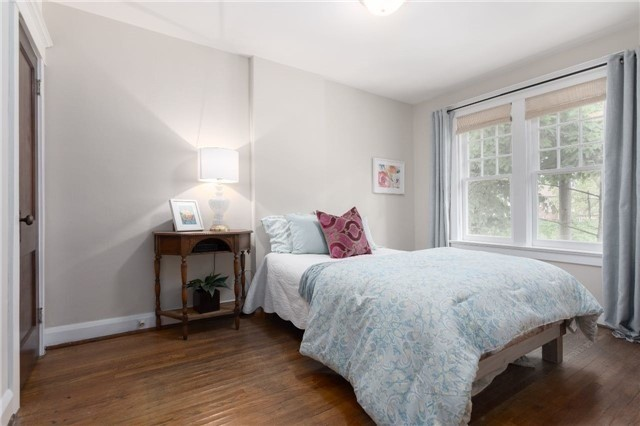Detached at 114 Forman Ave, Toronto, Ontario. Image 4