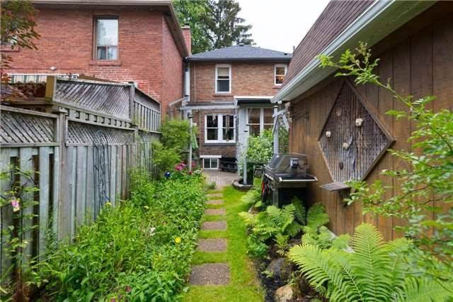 Detached at 114 Forman Ave, Toronto, Ontario. Image 10