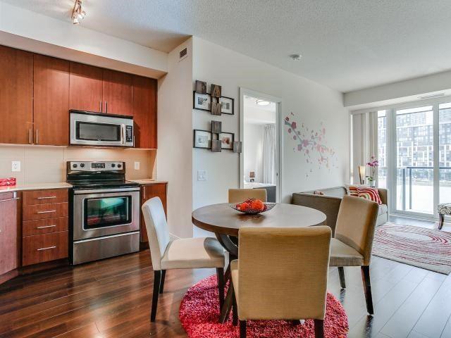 Condo Apartment at 560 Front St W, Unit 329, Toronto, Ontario. Image 17