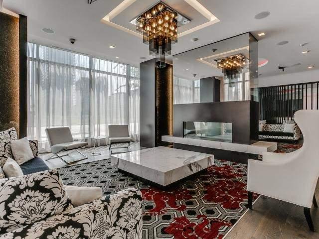 Condo Apartment at 560 Front St W, Unit 329, Toronto, Ontario. Image 10