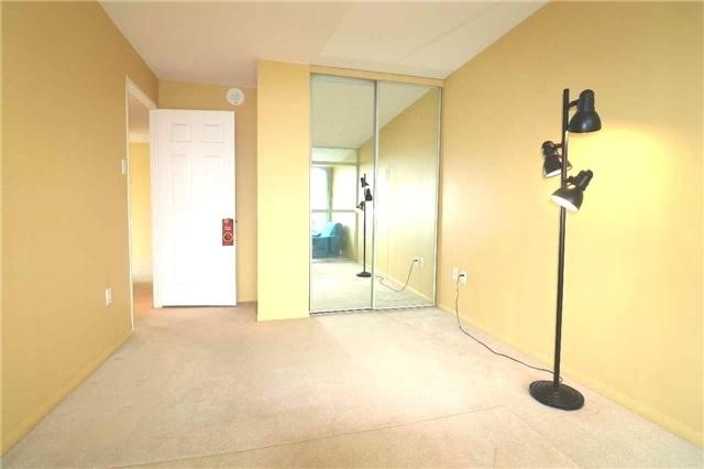Condo Apartment at 701 King St W, Unit 1205, Toronto, Ontario. Image 15