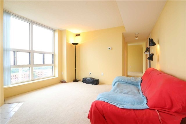 Condo Apartment at 701 King St W, Unit 1205, Toronto, Ontario. Image 19
