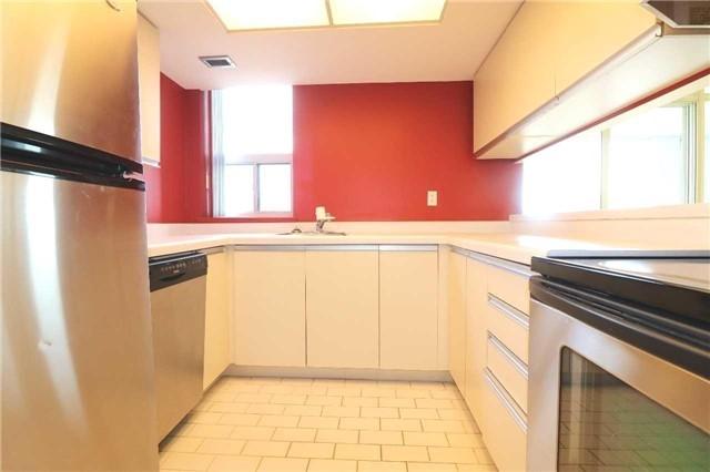 Condo Apartment at 701 King St W, Unit 1205, Toronto, Ontario. Image 20