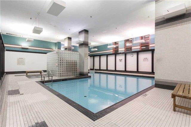 Condo Apartment at 701 King St W, Unit 1205, Toronto, Ontario. Image 10