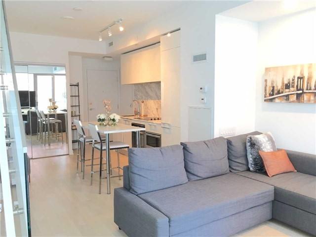 Condo Apartment at 57 St Joseph St, Unit 2011, Toronto, Ontario. Image 1