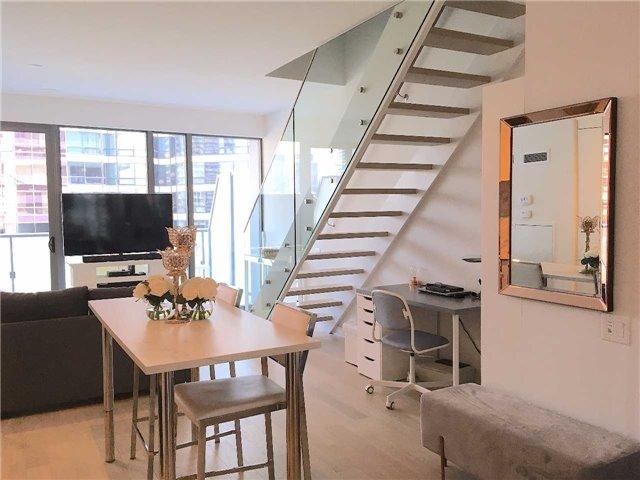 Condo Apartment at 57 St Joseph St, Unit 2011, Toronto, Ontario. Image 12