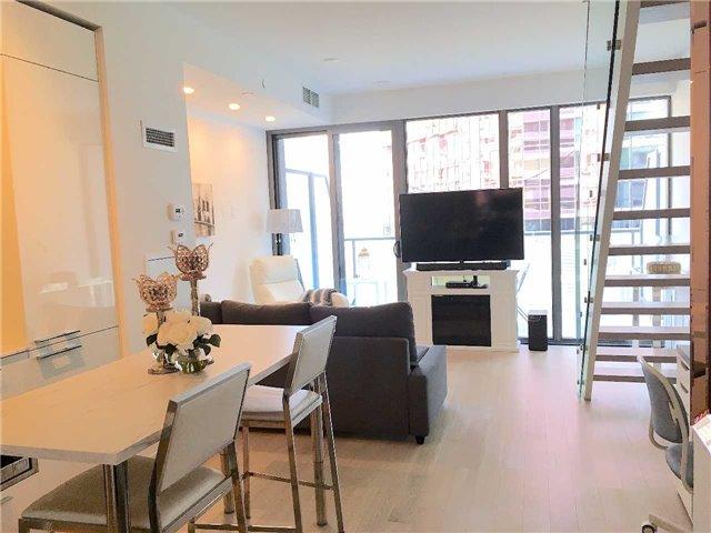 Condo Apartment at 57 St Joseph St, Unit 2011, Toronto, Ontario. Image 14