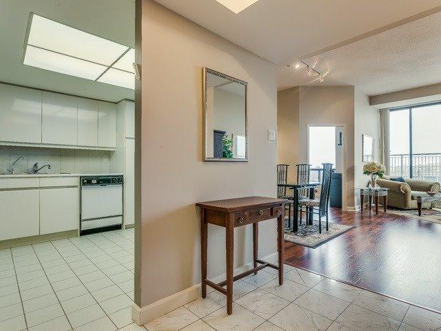 Condo Apartment at 500 Glencairn Ave, Unit 508, Toronto, Ontario. Image 16