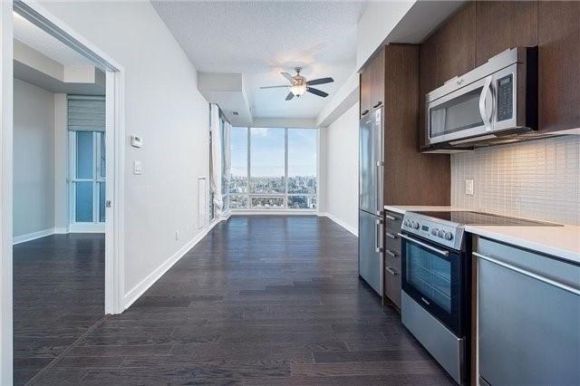 Condo Apartment at 295 Adelaide St W, Unit 4403, Toronto, Ontario. Image 5