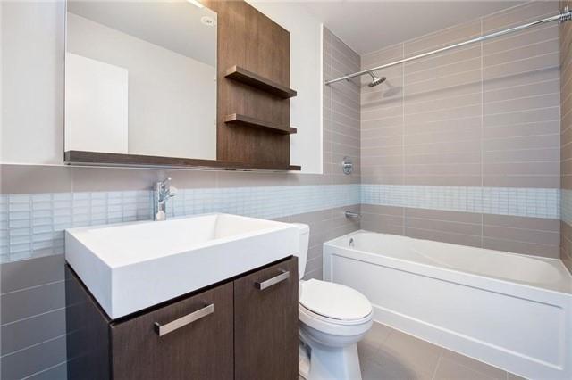 Condo Apartment at 295 Adelaide St W, Unit 4403, Toronto, Ontario. Image 10