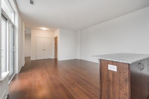 Condo Apartment at 701 Sheppard Ave W, Unit 118, Toronto, Ontario. Image 18