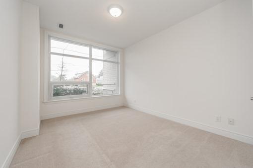 Condo Apartment at 701 Sheppard Ave W, Unit 118, Toronto, Ontario. Image 4