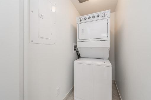 Condo Apartment at 701 Sheppard Ave W, Unit 118, Toronto, Ontario. Image 7