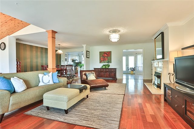 Detached at 27 Alamosa Dr, Toronto, Ontario. Image 16