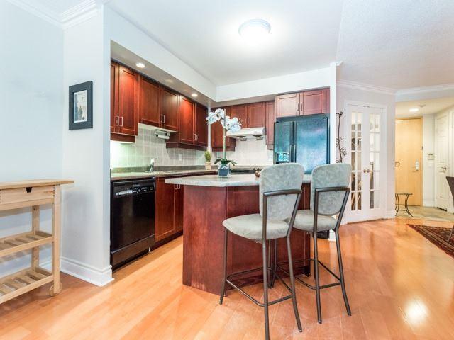 Condo Apartment at 123 Eglinton Ave E, Unit 313, Toronto, Ontario. Image 18