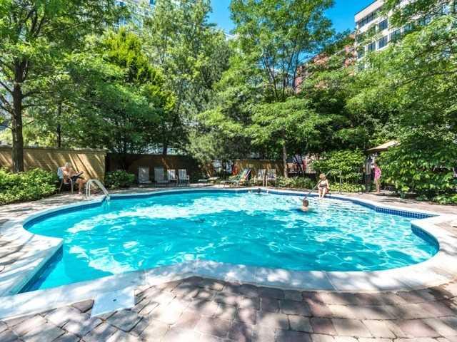 Condo Apartment at 123 Eglinton Ave E, Unit 313, Toronto, Ontario. Image 13