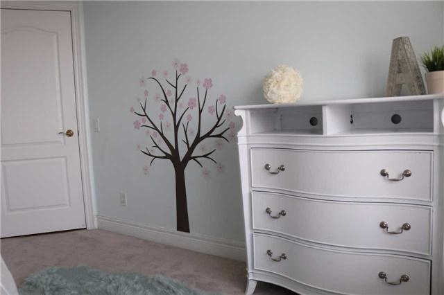 Condo Apartment at 1 Clairtrell Rd, Unit 506, Toronto, Ontario. Image 19