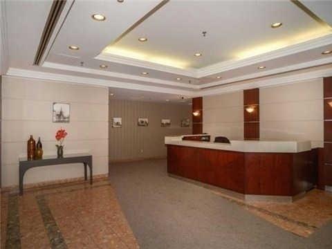 Condo Apartment at 117 Gerrard St E, Unit 607, Toronto, Ontario. Image 3