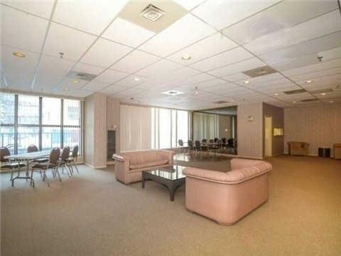 Condo Apartment at 117 Gerrard St E, Unit 607, Toronto, Ontario. Image 4