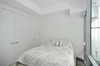 Condo Apartment at 39 Queens Quay Quay E, Unit 312, Toronto, Ontario. Image 13